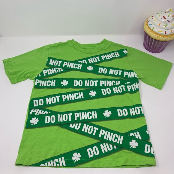 Do not pinch. St Patrick's Day Tee